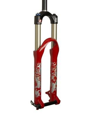The new RockShox Argyle RCT is aimed at dirt jumpers and urban riders with 32mm-diameter upper tubes, up to 140mm of travel and a Maxle Lite 20mm thru-axle.