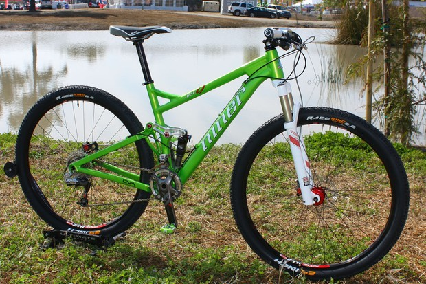 Niner has completely redesigned its JET 9 with hydroformed tubed and a notably stiffer rear end.