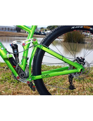 Niner has added rectangular-profile seat stays to improve rigidity.