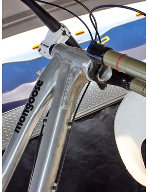 A big gusset underneath the down tube reinforces the front end.