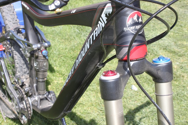 A closer look at the tapered head tube and roomy front triangle