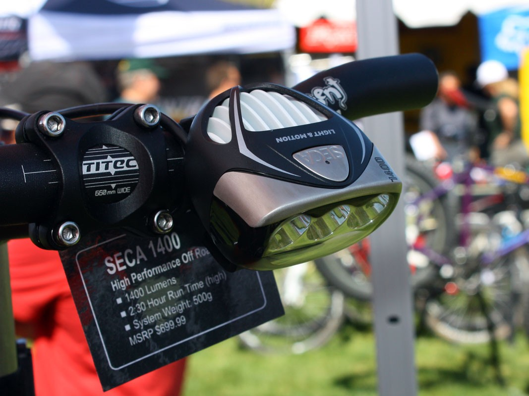 Light & Motion has managed to squeeze an extraordinary 1,400 claimed lumens out of its new top-end Seca 1400 system but it also carries with it a hefty price tag of US$699.99.