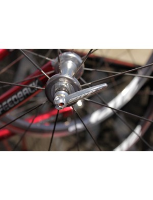 The 101 wheelset features Zipp's 88 front hub and new uber-light skewers.