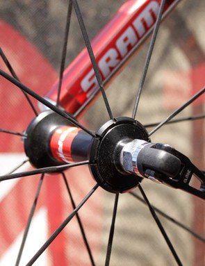 SRAM's mid-level hub found on the S27 AL Comp.