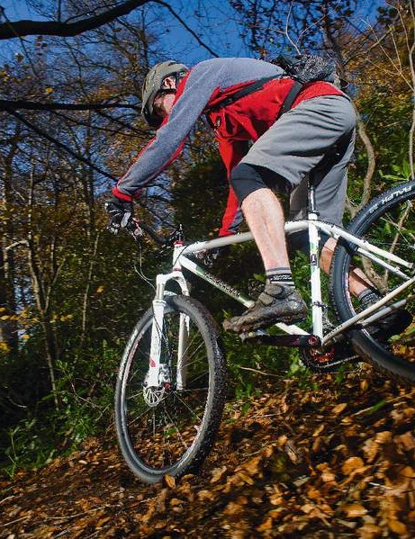 The Deluxe 29er makes riding in the woods a relaxed experience