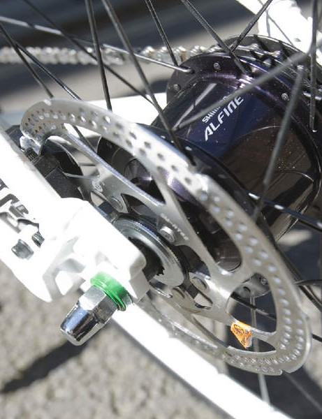 Shimano's excellent 8-speed Alfine hub