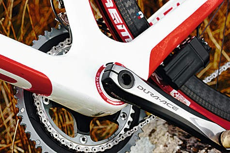 Shifting is fast and unerringly precise, and the self-centring front mech is a revelation