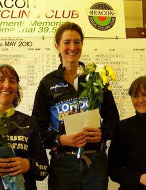 Women's podium: Nicky Xandora (2nd), Rebecca Slack (1st) and Fenella Brown (3rd)