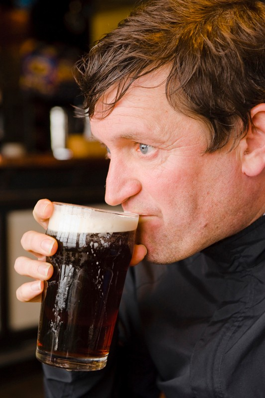 Paul Heaton in the Cat and Fiddle pub, high above Macclesfileld in the fog
