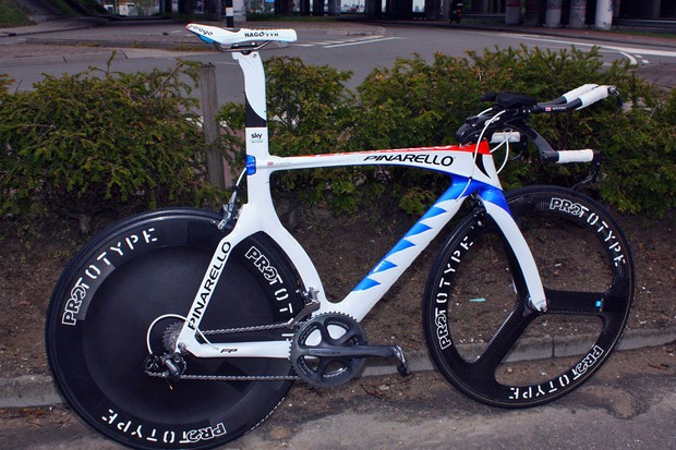 Pinarello couldn't have hoped for a bigger debut for their new Graal time trial frameset, with Bradley Wiggins (Team Sky) winning the Giro d'Italia prologue in its competitive debut