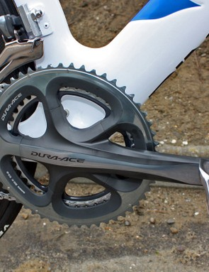 Team mechanics installed a set of standard Dura-Ace chainrings prior to our photoshoot, but Wiggins used his usual O.symetric rings for the prologue win