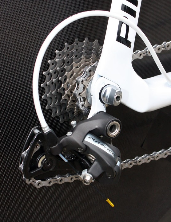 Wiggins' Dura-Ace rear derailleur is hopped up with full ceramic bearing pulleys from UK-based Ultimate Ceramic Bearings