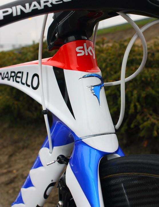 The head tube retains Pinarello's trademark shaping