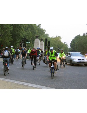 Should parts of London be made traffic-free, like this stretch of road near Green Park?
