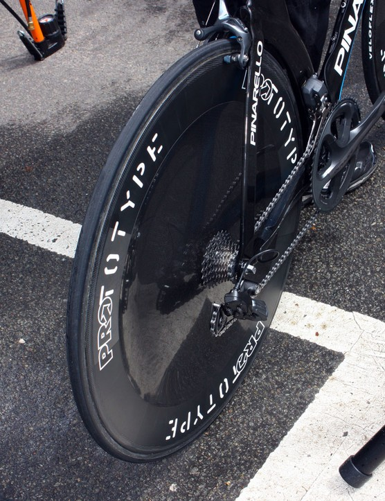 This wheel is labeled as a PRO but it's actually a camouflaged HED Stinger Disc