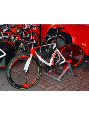 Acqua e Sapone used these time trial bikes from team sponsors Bottechia at the Giro d'Italia prologue