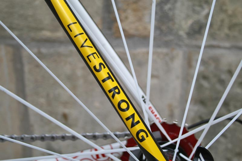 Livestrong graphics, naturally