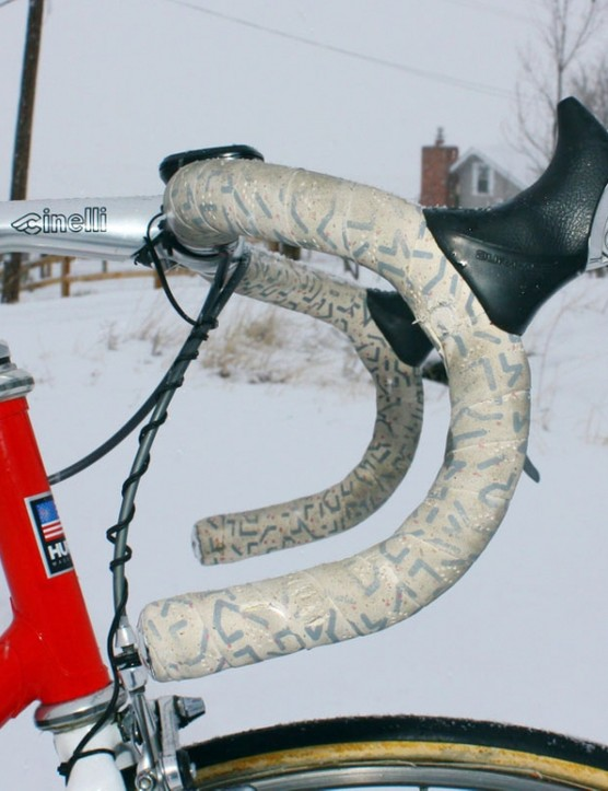 Andy Hampsten (7-Eleven) used a deep-drop Cinelli handlebar back in the day