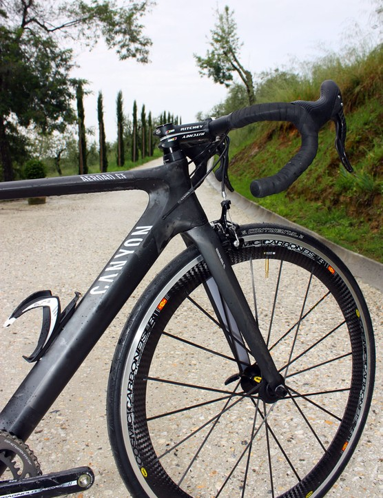 The new Canyon Aeroad CF wears a deep-profile head tube and down tube.