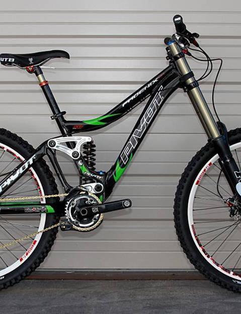 The new Pivot Phoenix downhill bike