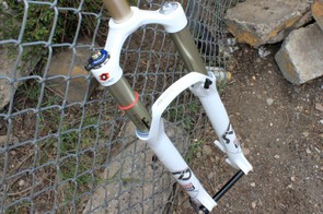 Even though it's just over 3-pounds, the new SID can handle true trail bike abuse.