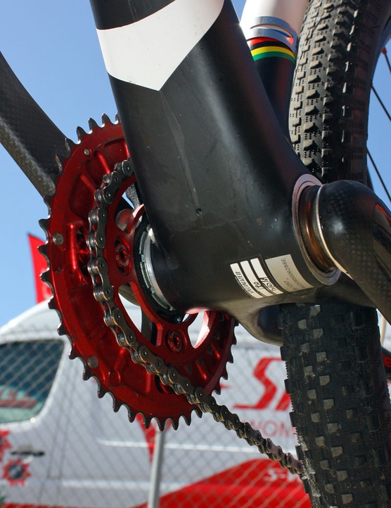 Burry Stander's (Specialized Factory Team) Specialized S-Works frame features an integrated bottom bracket