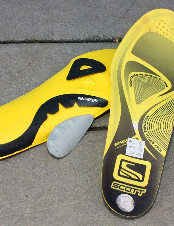 The tunable insoles include removable arch and metatarsal pads