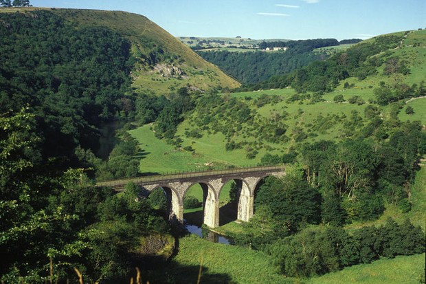 A new cycle route is being built from Bakewell to Buxton in the UK as part of the Pedal Peak District project