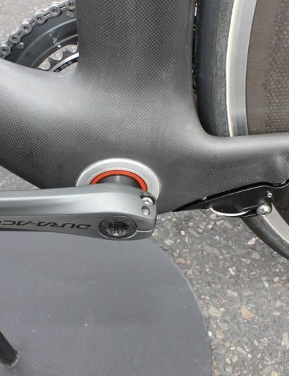 The DA now has a BB30 bottom bracket.