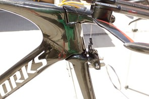 All of the modifications to the Shiv have been made to its headtube area.