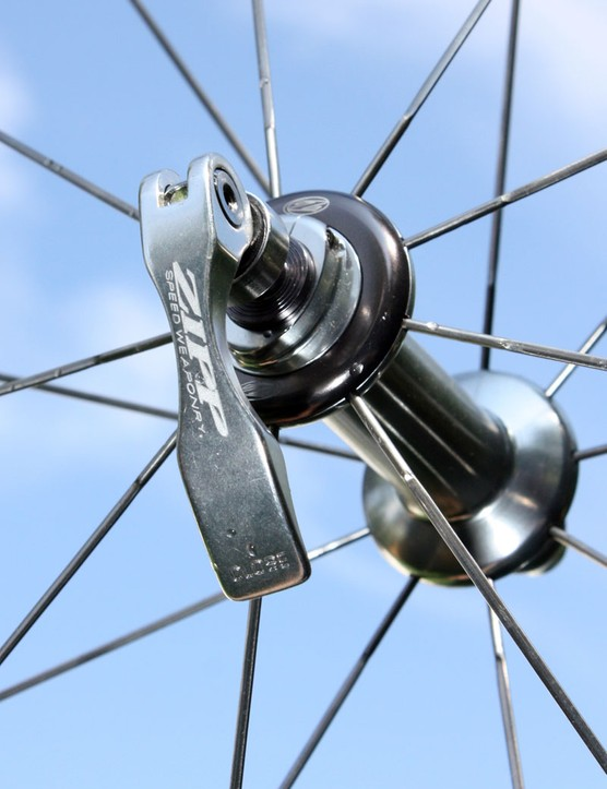 The included skewers work well enough but look somewhat low-budget as compared to the rest of the wheelset