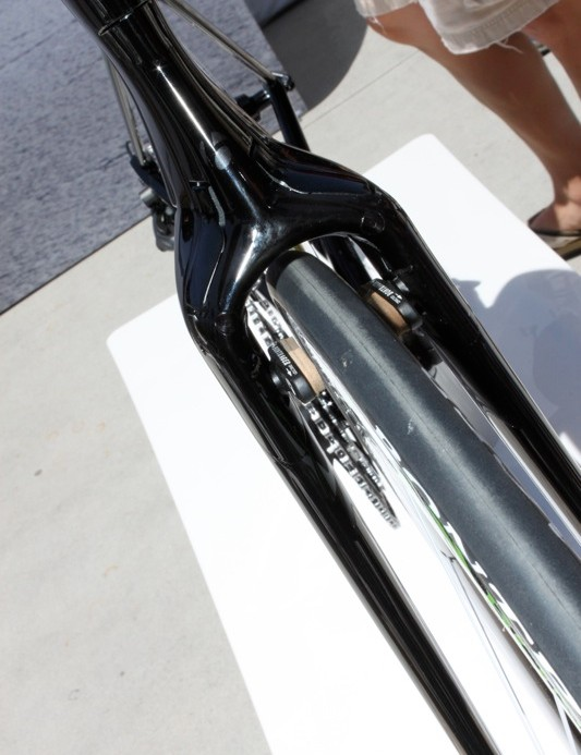 The Speed Concept is incredibly narrow and clean, as illustrated by this view of the fork