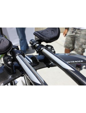 All of the 9 Series Speed Concept models come with a Kammtail handlebar design