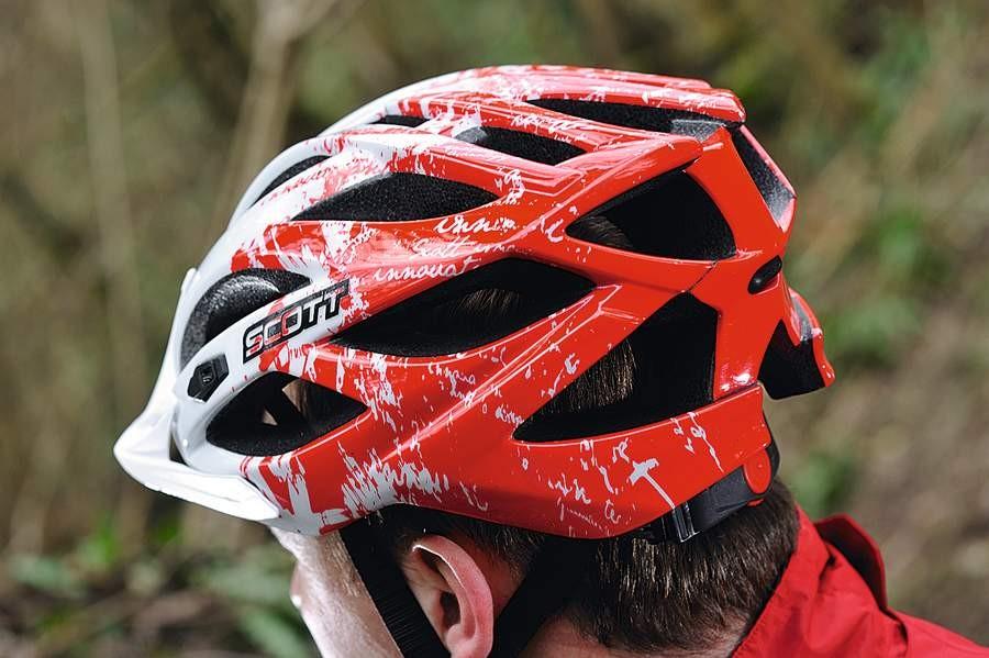 Scott Watu helmet