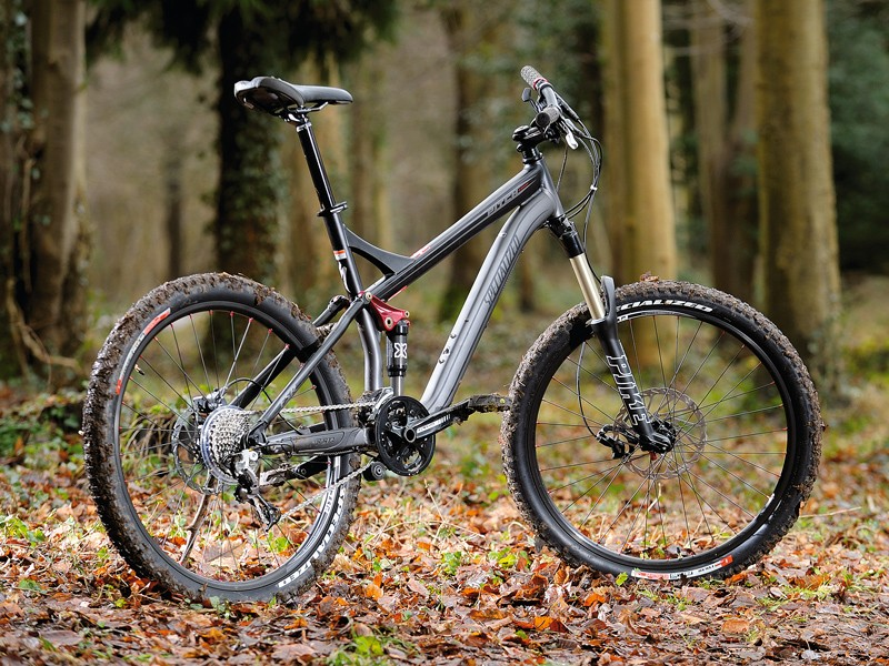 The Pitch Comp is a throughouly purposeful and capable bike