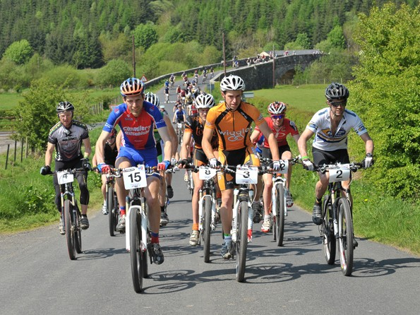Wiggle's Matt Page, in Orange, was triumphant at the first UK 24-hour solo championships