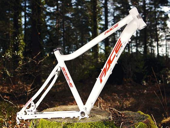 Pace 325.5 frame
