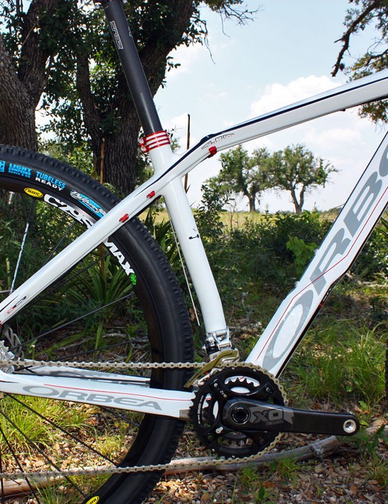The Alma 29's '4x4' frame design is similar to the standard Orbea Alma but with revised geometry to accommodate the bigger wheels