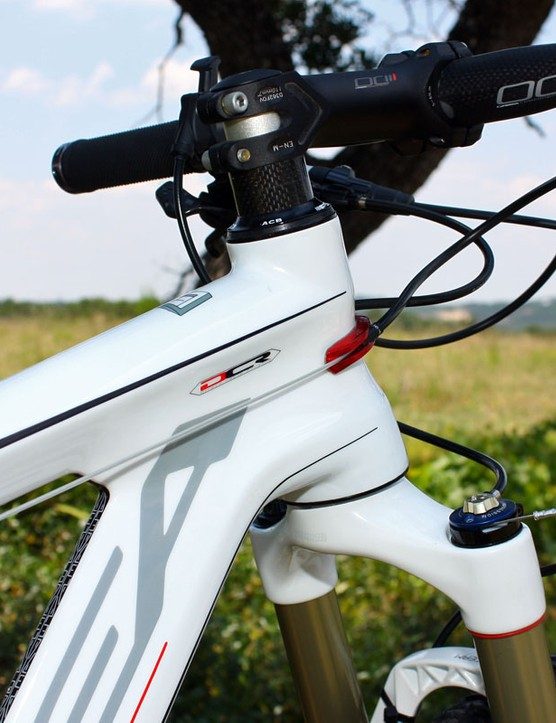 The Alma 29 now sports a tapered head tube that provides a surer feel under braking plus extra front triangle torsional rigidity