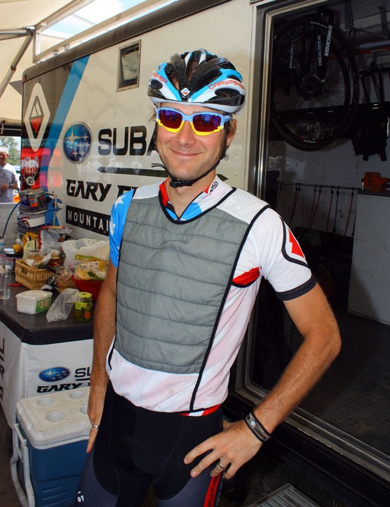 The Subaru-Gary Fisher team riders used pre-chilled vests to stay cool before the start