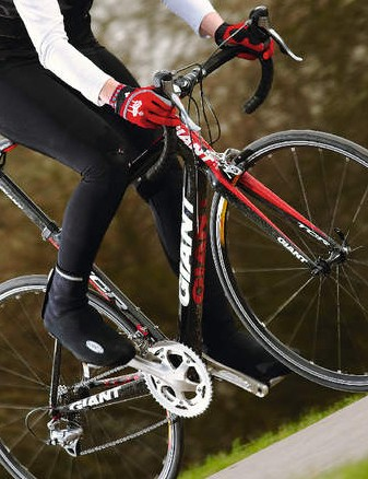 Massive head tube and down tube create a totally obedient spine and laser accurate steering
