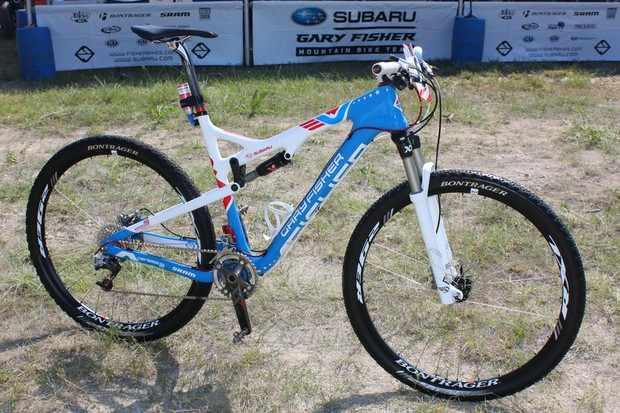 Current US national champion Jeremy Horgan-Kobelski (Subaru-Gary Fisher) is racing on this custom-painted Gary Fisher Superfly 100.
