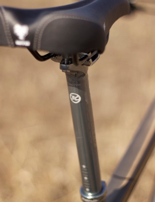 Kona's XC/BC Deluxe post looks sharp, but ours bent slighly during the test.