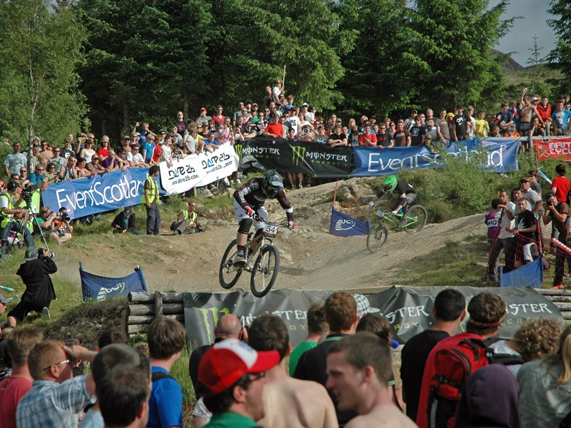 The Fort William four-cross drew a massive crowd of around 8,000 people who lapped up the fast and furious racing
