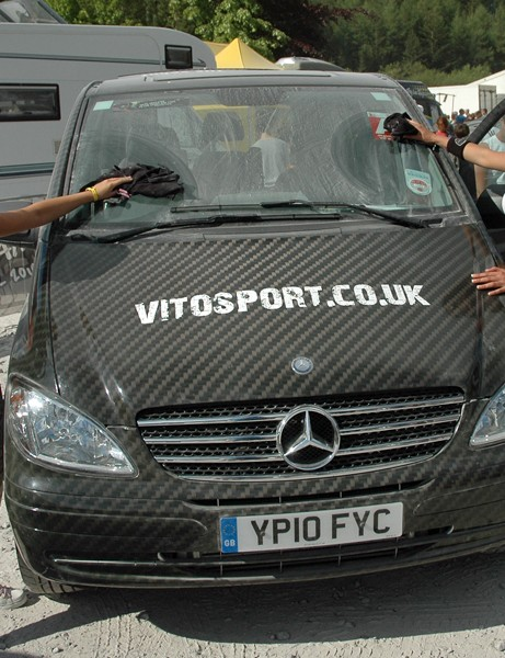 Dusty conditions meant it was difficult to keep things clean. The girls from Mercedes Vito Sport had a tricky task keeping their swanky van gleaming