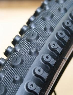 Charge Splashback tyre