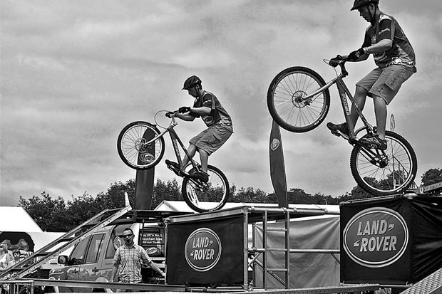 Onza trials riders