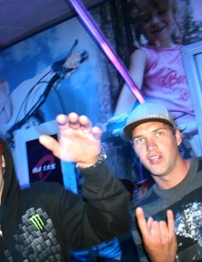 Steve Peat (left) and Greg Minnaar enjoying last year's shenanigans at BikeRadar Live
