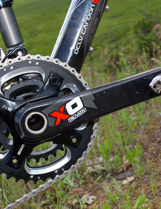The new X0 crank is built with carbon fibre arms and a separate, bolted-on alloy spider. According to SRAM, the two-piece driveside arm is lighter and stronger than an equivalent one-piece moulded part. In fact, sponsored downhill riders will be using this later this year