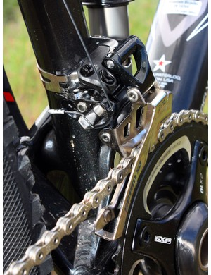 While XX front derailleurs are dedicated top- or bottom-pull to save weight, X0 front derailleurs are all dual-pull for convenience